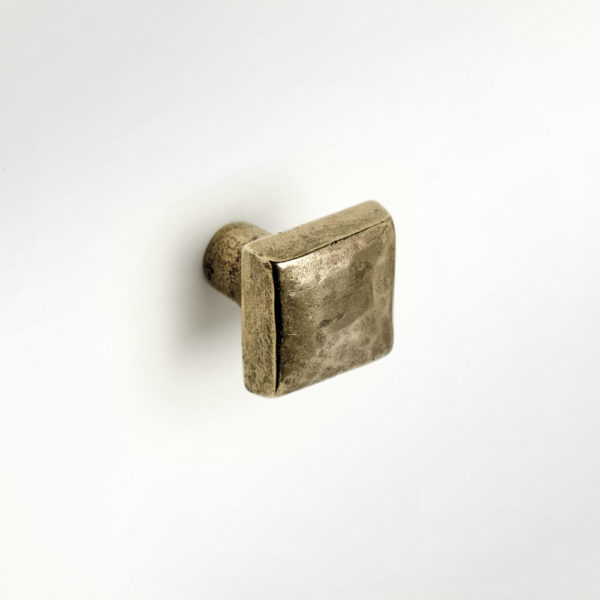 Foundry Art Cabochon bronze accent knob mounted